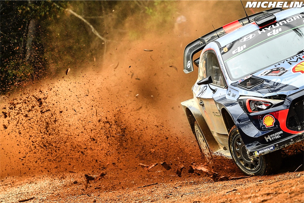 Neuville claims the 2017 WRC's final round